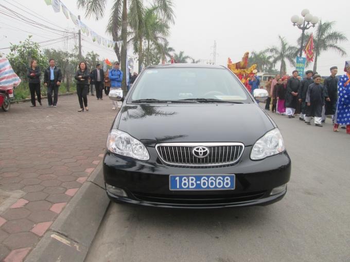 Nam Định: Xe biển xanh