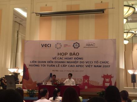 Họp báo giới thiệu các hoạt động của doanh nghiệp (DN) trong năm APEC Việt Nam 2017. Nguồn ảnh: Thu Trang