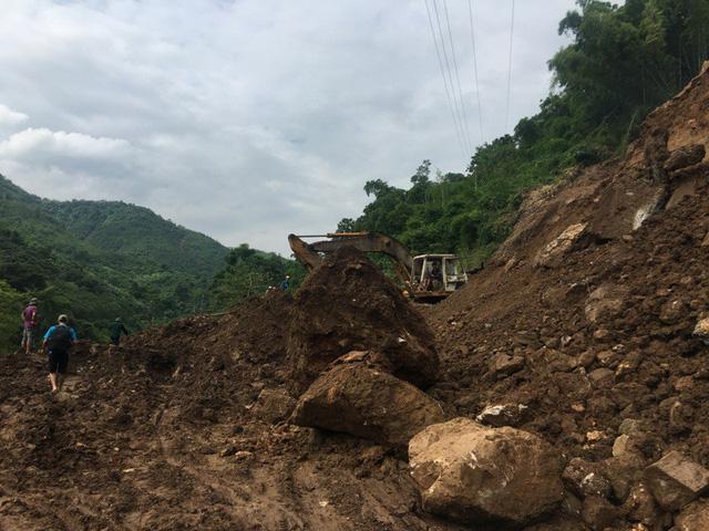 Các điểm qua địa bàn xã Pù Nhi sạt lở nghiêm trọng nhất