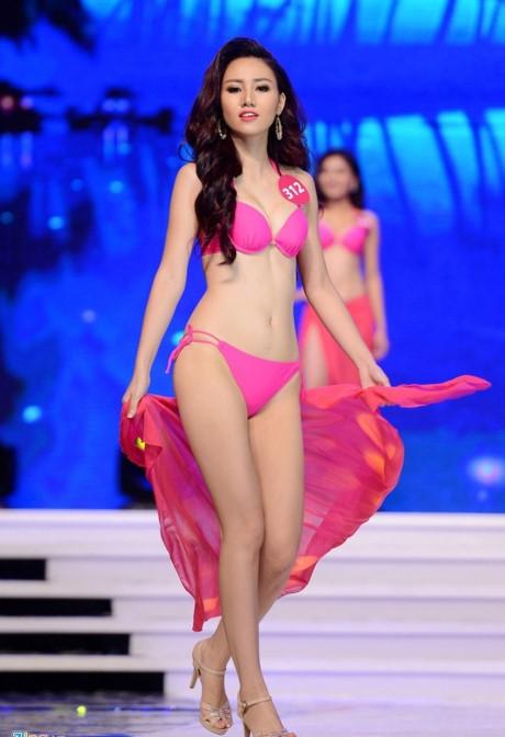 Chị gái Trà My cũng tạo được sức hút mạnh với truyền thông trong cuộc thi năm 2015.