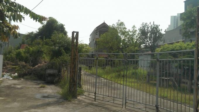 Ngôi nhà mọc lên tại nơi tập trung sản xuất làng nghề.
