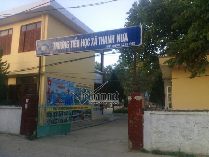 Từ đầu năm học đến nay, Trường Tiểu học Thanh Nưa không tổ chức dạy học ngoại ngữ cho học sinh với lý do giáo viên nghỉ thai sản. (Ảnh: Thanh Hùng)