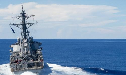 Tàu khu trục USS John S. McCain của Mỹ.