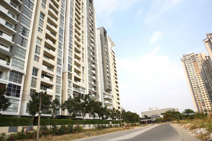Nhu cầu căn hộ diện tích dưới 45 m2 cho đối tượng thu nhập thấp, độc thân, hộ gia đình trẻ là rất lớn. Ảnh: Phạm Hoa