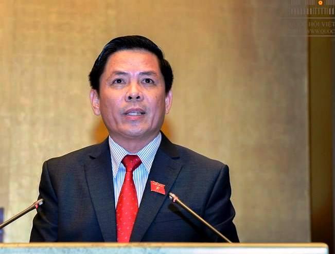Bộ trưởng Bộ Giao thông Vận tải Nguyễn Văn Thể trình bày Tờ trình