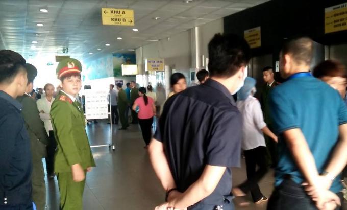 Công an phong tỏa hiện trường Bệnh viện sản nhi Bắc Ninh.
