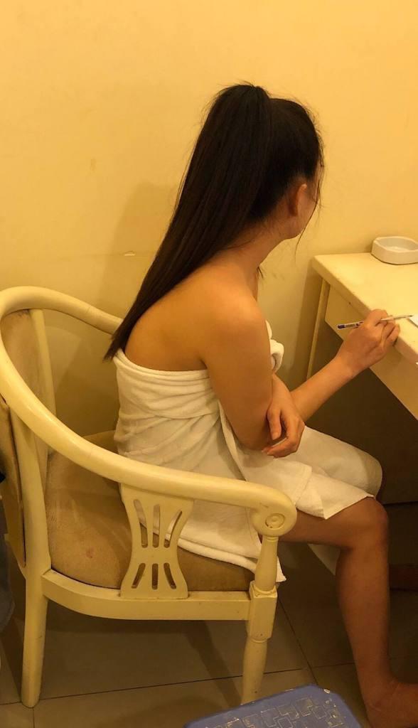 Tiếp viên nhà hàng Một Trăm Mười bán dâm bị bắt quả tang