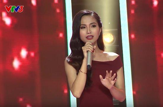 Hoài Sa tham gia vòng giấu mặt tại chương trình Giọng hát Việt 2018.