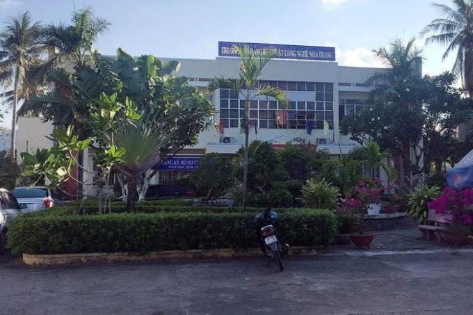 Gần 4.000 căn hộ chung cư và phòng khách sạn sẽ được xây dựng trên khu đất trường Cao đẳng Nghề Nha Trang.
