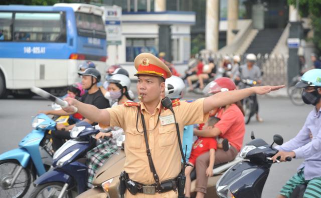 Lực lượng Cảnh sát giao thông sẽ thực hiện phân luồng và hạn chế giao thông trên địa bàn Hà Nội theo khung giờ, từ ngày 10/9 - 14/9