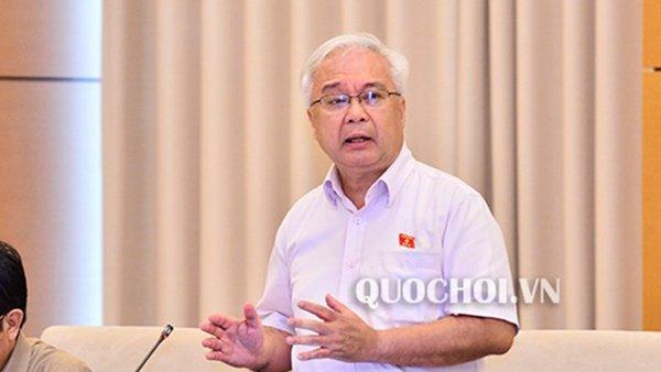 Ủy viên Trung ương Đảng,Chủ nhiệm UB Văn hoá, Giáo dục, Thanh niên, Thiếu niên và Nhi đồng Phan Thanh Bình