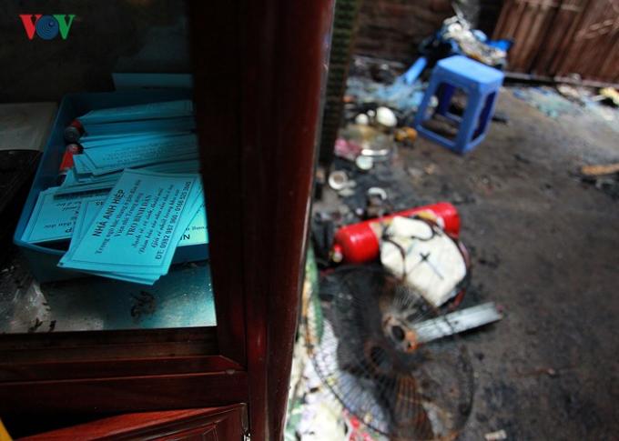 Những hình ảnh hoang tàn tại hiện trường sau vụ cháy gần Bệnh viện Nhi Trung ương