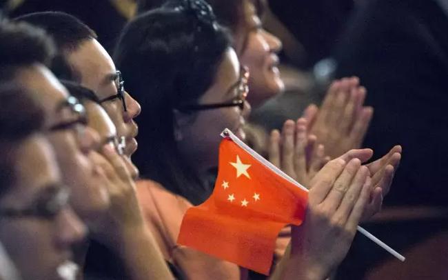 Căng thẳng leo thang, Mỹ có thể xem xét cấm sinh viên Trung Quốc sang du học