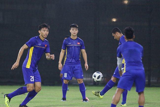 Nỗi lo lớn nhất của tuyển Việt Nam trong chuyến tập huấn tại Hàn Quốc là quân xanh không bung hết sức mạnh trong các trận giao hữu