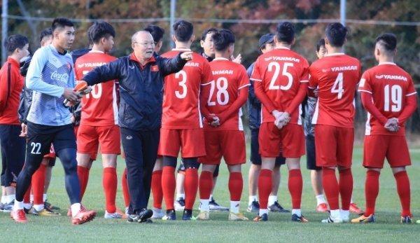 nhưng với tuyển Việt Nam ở AFF Cup tới sẽ khó có may mắn thêm cho ông thầy người Hàn Quốc