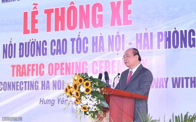 Thủ tướng yêu cầu tiến tới có một tuyến cao tốc kết nối đường cao tốc Hà Nội - Hải Phòng với đường cao tốc Cầu Giẽ - Ninh Bình. - Ảnh: VGP/Quang Hiếu