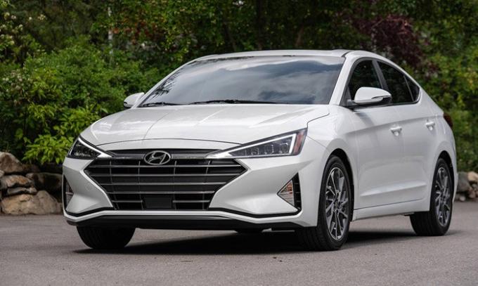Hyundai Elantra 2019 ra mắt tại thị trường Mỹ.