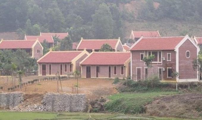 Gần 60 công trình xây dựng không phép trong khu Điền Viên Thôn, xã Yên Bài.