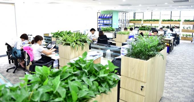 Officetel EcoLilfe Capitol nằm trong tòa nhà Xanh thiết kế hiện đại có nhiều tiện ích nội khu.