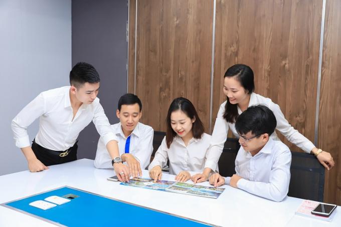 Hệ đại lý ủy quyền, mentor sẽ được đào tạo chuyên nghiệp trước   khi bắt đầu công việc tại CenHomes