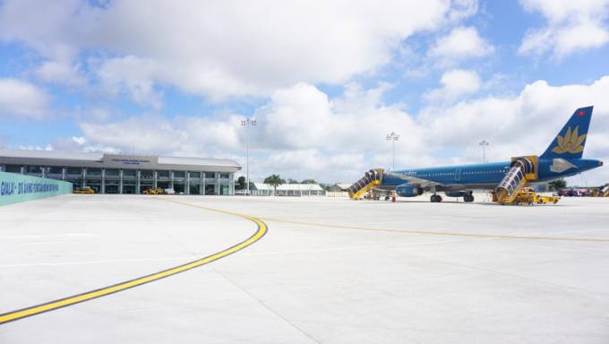 Dự án nâng cấp mở rộng sân đỗ máy bay tại Cảng hàng không Pleiku. (Báo giao thông).