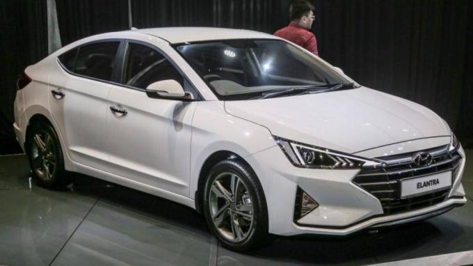 Hyundai Elantra 2019 có nhiều thay đổi so với phiên bản cũ