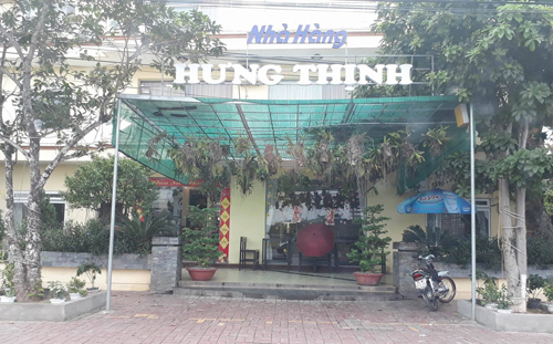 Trước đó, Trường chất lượng cao Phước Huệ còn biến căng tin thành nhà hàng.