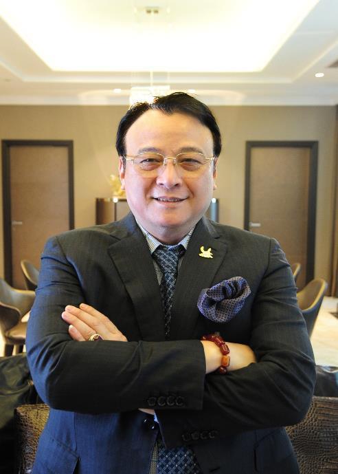 Ông Đỗ Anh Dũng - Chủ tịch Tập đoàn Tân Hoàng Minh được vinh danh là Doanh nhân xuất sắc APEA 2019.