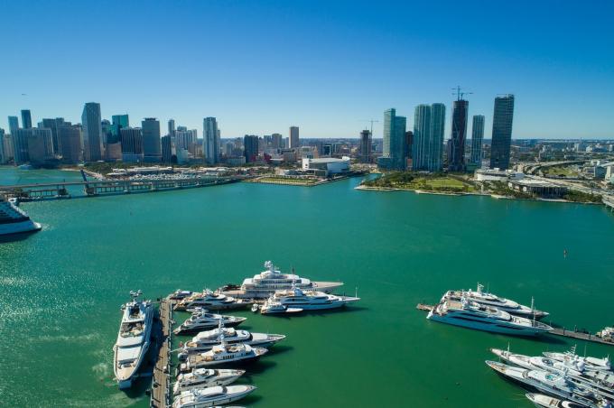 BĐS tại Vịnh Biscayne sở hữu tầm nhìn ra bến du thuyền đắt giá