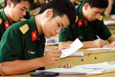 Điểm sàn xét tuyển vào các trường quân đội năm 2016 tương đối cao. Ảnh minh họa