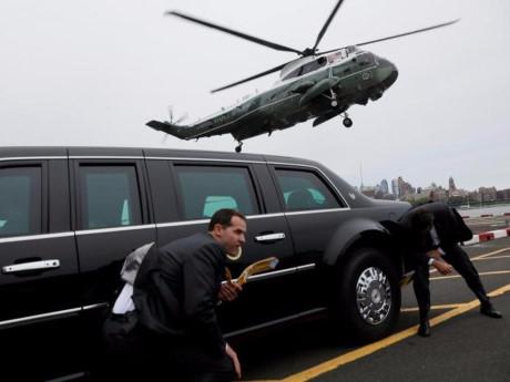 Cận cảnh đội mật vụ bảo vệ ông Donald Trump