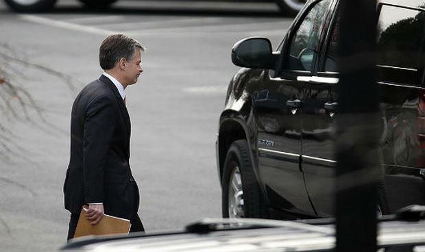 Tổng thống Mỹ bác tin giám đốc FBI dọa từ chức
