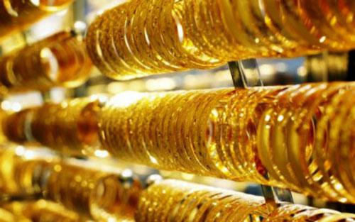 Giá vàng tăng dựng đứng.
