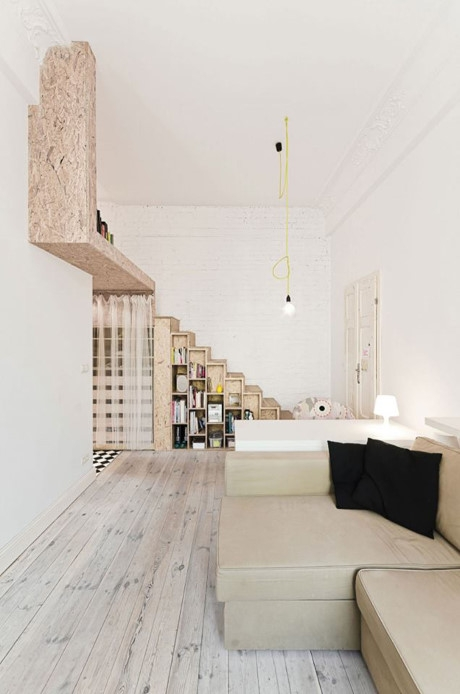 Sự kết hợp hài hòa giữa hai gam màu nâu trắng làm cho không gian trong ngôi nhà trở nên rộng và sáng sủa hơn so với diện tích thật.