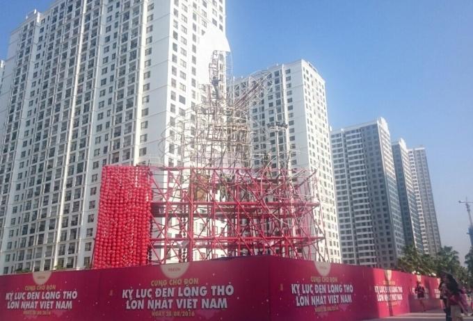 Đèn lồng Thỏ Vọng Nguyệt đang được thi công chuẩn bị sẵnsàng cho lễ ra mắt vào ngày 28/8.