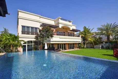 13. Căn biệt thự rộng 1.393 m2 tại Emirates Hills Villa – 13,06 triệu USD.