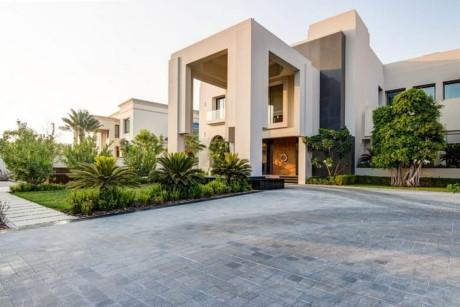 2. Căn biệt thự rộng 2.972 m2 tại Emirates Hills Villa – 48.7 triệu USD.