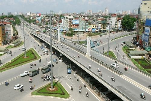 Việc xây dựng tuyến đường bộ trên cao này nhằm hoàn chỉnh mạng lưới giao thông tuyến đường vành đai 2, nâng cao năng lực thông hành của tuyến đường. Ảnh minh họa.