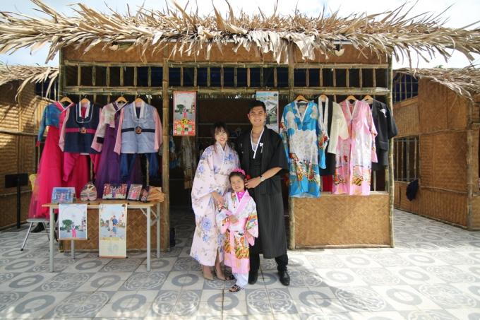 Sự kết hợp hoàn hảo giữa biểu tượng vui chơi giải trí hiện đại với không khí lễ hội cổ truyền đậm đà bản sắc dân tộc tại Asia Park những ngày đầu năm mới chắc chắn sẽ mang đến trải nghiệm mới mẻ, phong phú cho du khách.