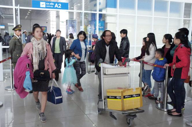 Đề xuất tăng giá trần vé máy bay hạng phổ thông sẽ ảnh hưởng đến nhiều hành khách - Ảnh: C.Anh