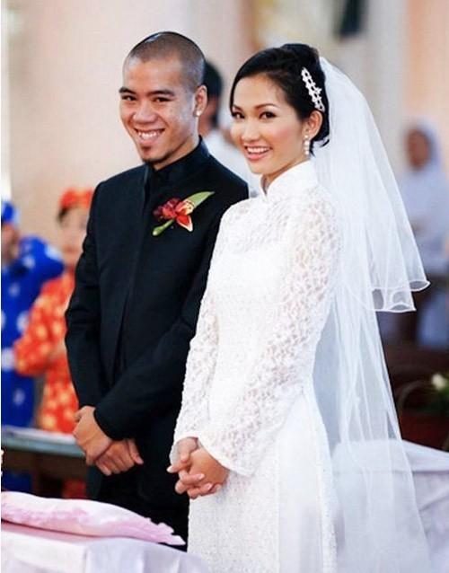 Kim Hiền trong ngày cưới với người chồng đầu tiên là DJ Hoàng Phong. Ảnh: internet.