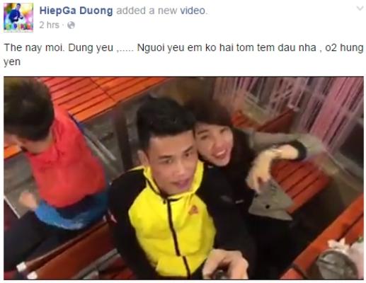 Ảnh được cắt trong đoạn clip khóa môi của Hiệp Gà với bạn gái giữa quán cafe