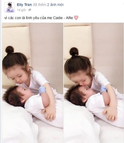 Bức hình Cadie âu yếm một em bé khác làm khuấy đảo cộng đồng mạng trong mấy ngày qua. Ảnh: internet.