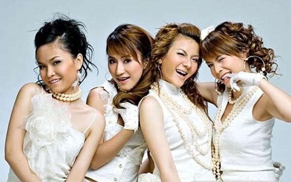 Sau đó Thu Thủy rời khỏi nhóm và chỉ còn 4 thành viên vẫn tiếp tục. Ảnh:internet.