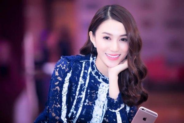 Lê Hà là cô bạn gái công khai đầu tiên của Mạc Hồng Quân. Ảnh: internet.