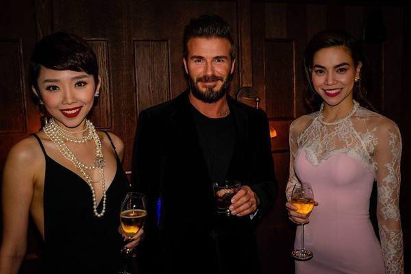 Hồ Ngọc Hà và Tóc Tiên trong lần gặp mặt Beckham ở London hồi năm ngoái. Ảnh: internet.