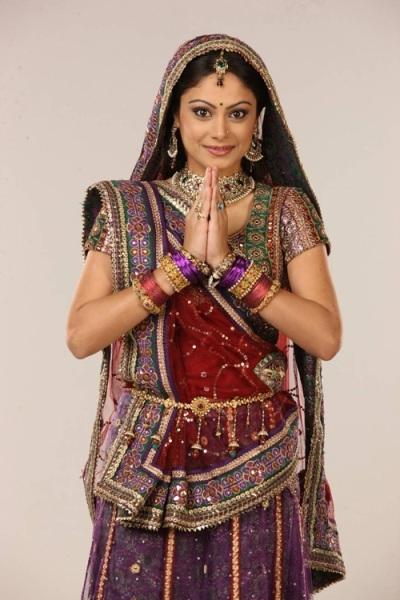 Nhân vật chính Anandi mới nhất do diễn viênToral Rasputra đảm nhiệm. Ảnh: internet.