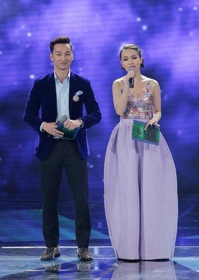 Chiếc quần ống rộng của Yến Trang đã làm sáng tỏ một chân lý