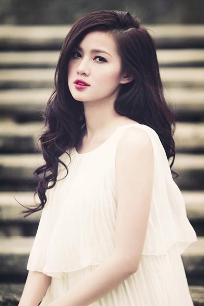 Tâm Tít là một trong những hotgirl hàng đầu ở Việt Nam.