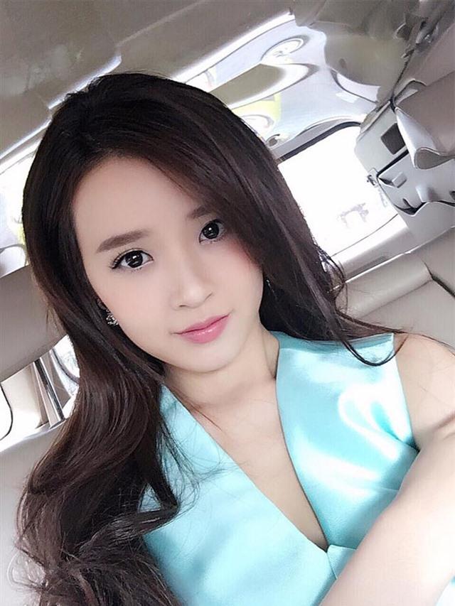 Midu xinh đẹp đến ngỡ ngàng sau 1 năm chia tay thiếu gia Sài Thành